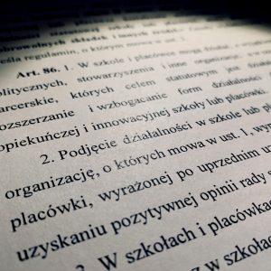 Szkolne papiery i NGOs